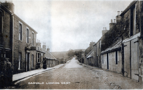Garvald looking West, Garvald Inn on the left